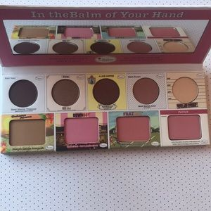 NWT in the balm of your hand palette